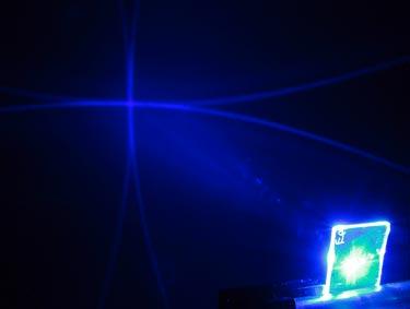 Lasers sense landmines