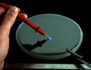 Increasing size of silicon LED substrates
