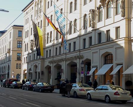 Hotel Vierjahreszeiten Kempinski, Munich.