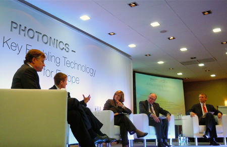 Wide-ranging: the Photonics 21 panel in action.
