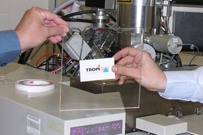 Tropiglas: redirecting infrared light
