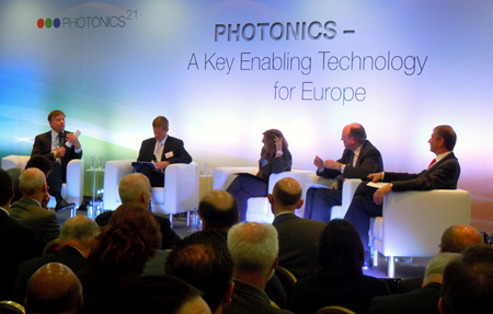 Annual gathering: Photonics21 panel discussion in March 2012.