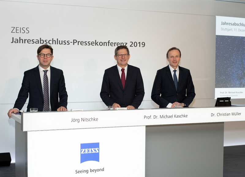 Another good year: Zeiss management
