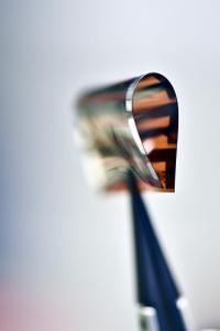 Thin film chalcogenide device.