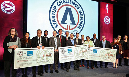 Winners, judges, and sponsors of the 2018 SPIE Startup Challenge.