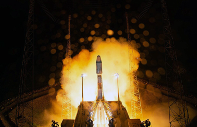 Better late than never: Cheops' transport rocket blasts off.