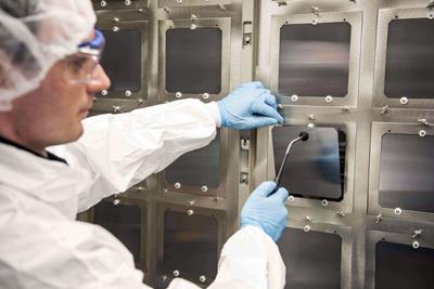 Oxford PV's perovskite-silicon solar cell has achieved a 28% conversion efficiency.
