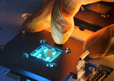 Material benefit: Cynora technology enables high-efficiency emitters for OLED displays.