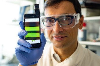 Small and portable: the test rapidly detects bacteria