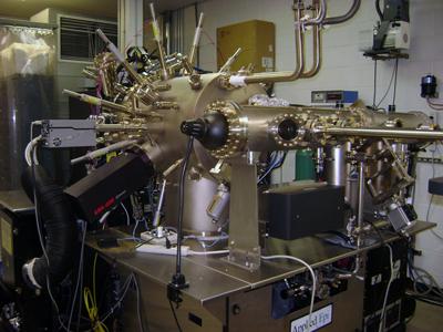 Zephyr MBE machine