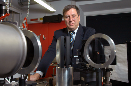 Laserlab Europe coordinator: Prof. Wolfgang Sandner.
