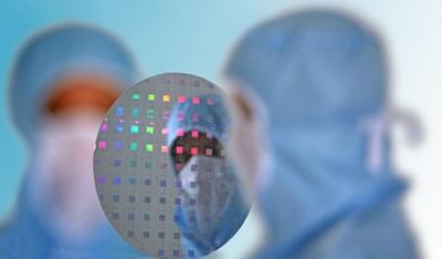 ULIS 200mm CMOS wafer
