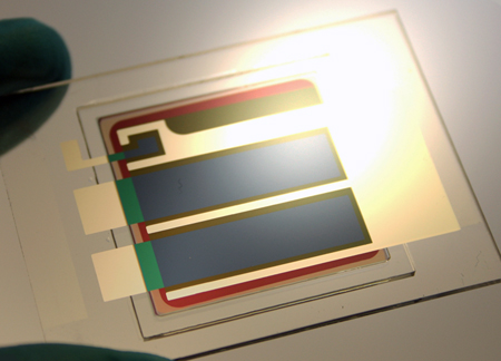 Heliatek has pushed the conversion efficiency of its organic photovoltaic cells up to 12%.