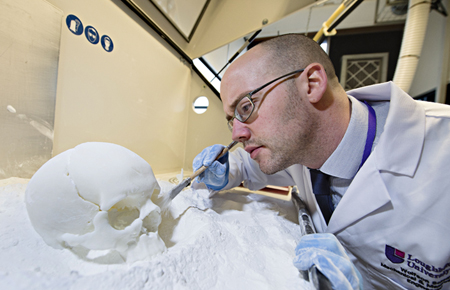 Your majesty! Laser sintering created a 3D replica of royal skeleton.
