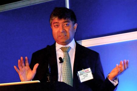 Javid Khan, Holoxica's CEO.