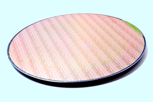 Imec's Si photonics 200mm wafer offers design flexibility.