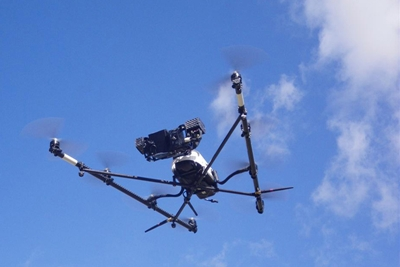 On the fly: drone spectroscopy