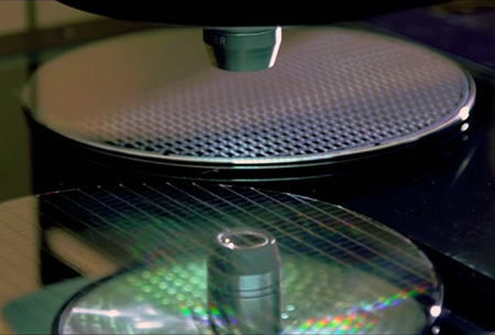 Compound Photonics is developing new projector products for mobile devices.