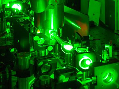 TUV's femtosecond laser amplifier.