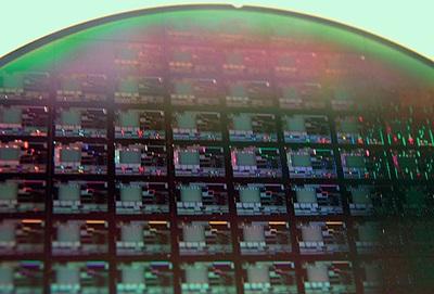 Photonic circuits
