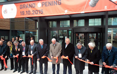 Scientific and political luminaries took part in the opening.