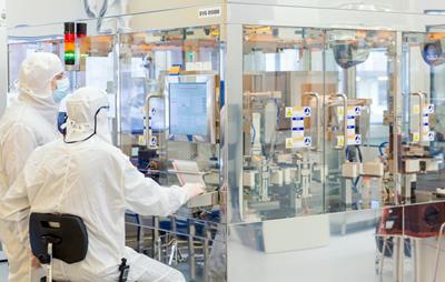 Research hub: one of Leti's cleanrooms in Grenoble.