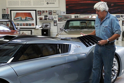 Jay Leno with his 3D-printed replacement vent.