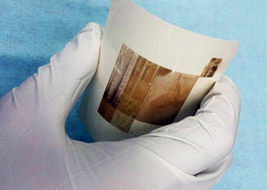 High-moiblity polysilicon layer was directly formed on paper.