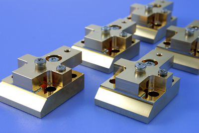 Energy bars: laser diode bars with optimized mounting for high-power operation.