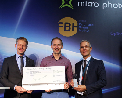 Startup winner: Sicoya and friends at Micro Photonics in Berlin.