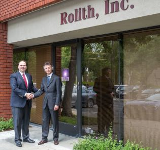 Nanofabrication deal: MTI and Rolith