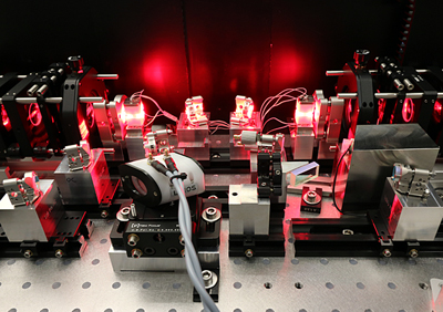 Lab demonstrator of a diode-pumped alexandrite laser.
