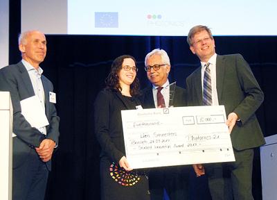 Photonics21 Student Award winner Lien Semesters.