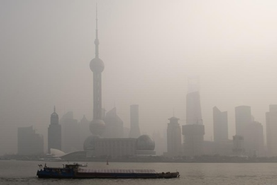 Smog: caused by particulates