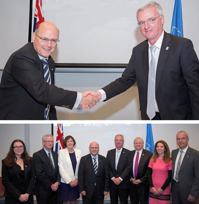 It's a deal: Australia's Arthur Sinodinos (L, top) and ESO's Tim de Zeeuw.