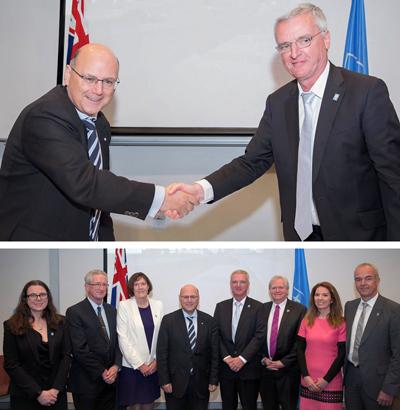 It's a deal: Australia's Arthur Sinodinos (L, top) and ESO's Tim de Zeeuw.