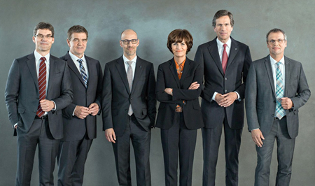 Trumpf cards: The company's managing board led by Dr. phil. Nicola Leibinger-Kammüller.
